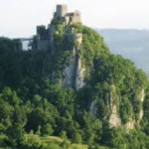 catalog_featured_images/987/1489953455Centar-za-kulturu-i-informisanje-Srebrenik.jpg